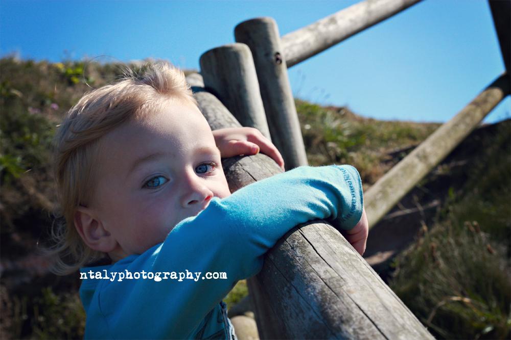 enfant, ado, child, teen, noir et blanc, black and white, portrait, photographe, lifestyle, mariage, paca, bretagne, mer, ocean, port, vue, famille, plage,